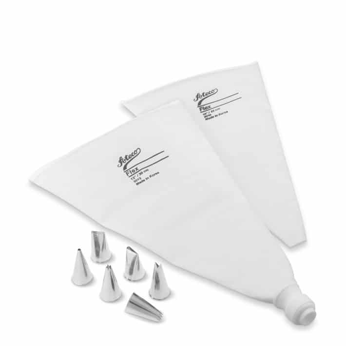 Best Baking Gifts pastry bag decorating kit