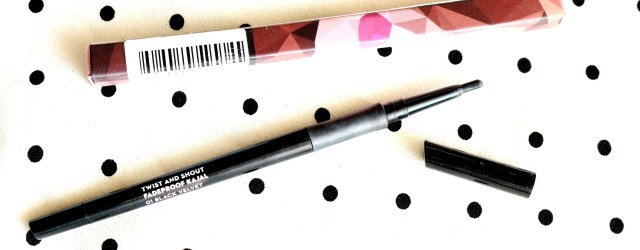 Sugar Twist And Shout Fadeproof Black velvet Kajal Review