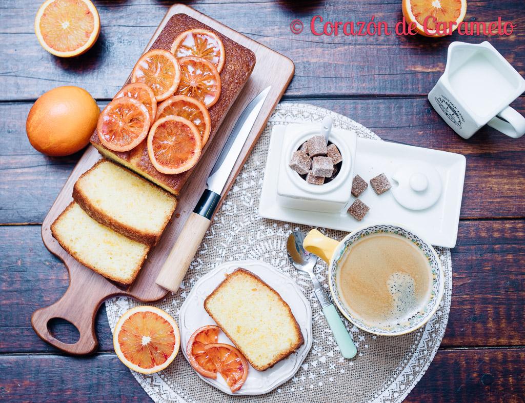 Bizcocho de naranjas sanguinas con almíbar de naranjas
