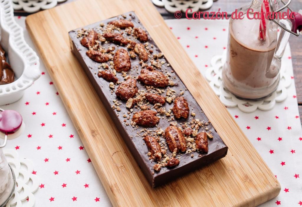 Turrón de chocolate relleno de dulce de leche