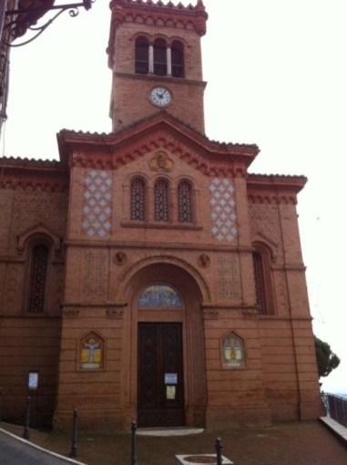 La Chiesa di Chiugiana chiusa per consolidare il tetto 3