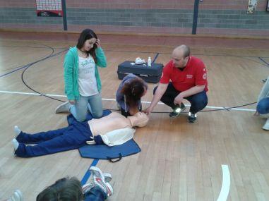 La Croce rossa alla Bonfigli insegna il primo soccorso 28