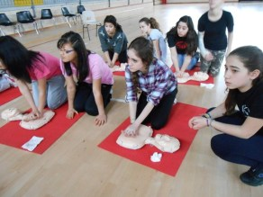La Croce rossa alla Bonfigli insegna il primo soccorso 11
