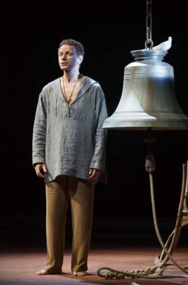 Invita al cinema chi ami a vedere Romeo e Giulietta con Orlando Bloom: il tuo biglietto vale doppio 2