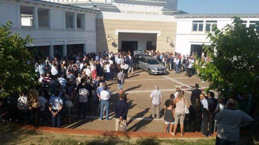 Cucinelli al funerale di Antonio Ceccarini 'Il Tigre' dà l'ultimo saluto all'amico e collega 6