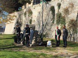 Festa dell'Unità Nazionale, deposta una corona sul monumento ai caduti restaurato dall'associazione Corciano Castello di vino 4