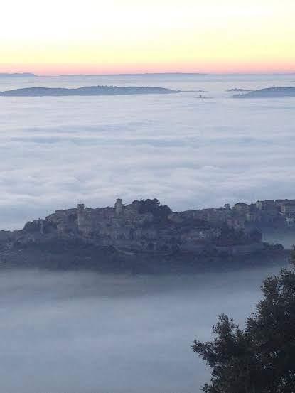 Umbria nella nebbia, anche Corciano 'immersa': da mercoledì invece si abbassano le temperature 1