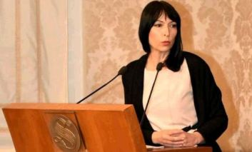 Il Pd in Senato dice 'no' ai matrimoni forzati e minorili: presentato il ddl di Nadia Ginetti