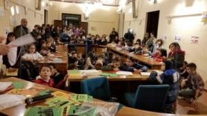bambini consiglio comunale diritti infanzia iniziativa ragazzi Smart City? Child City corciano-centro cronaca glocal