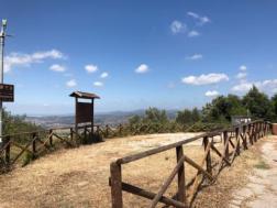 Piazzola del Belvedere alla Trinità, un appello contro l'incuria e l'inciviltà 1