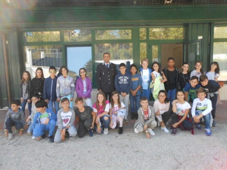 Gli alunni della Bonfigli in visita alla sede della Polizia Municipale di Corciano 1