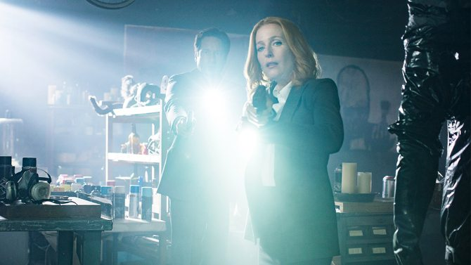 "THE X-FILES: L-R: David Duchovny and Gillian Anderson in the ""Home Again"" episode of THE X-FILES airing Monday, Feb. 8 (8:00-9:00 PM ET/PT) on FOX. ©2016 Fox Broadcasting Co. Cr: Ed Araquel/FOX"