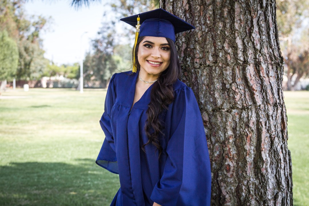 Jackie-Diaz-Graduation-CoreMedia-Photography-3-2
