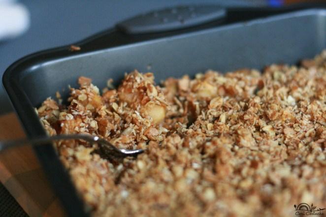 crumble-cu-mere-si-cereale-integrale
