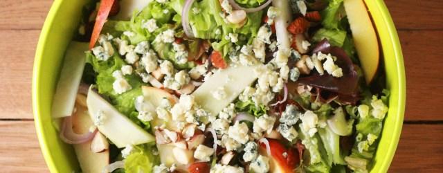 apple, kohlrabi and blue cheese salad