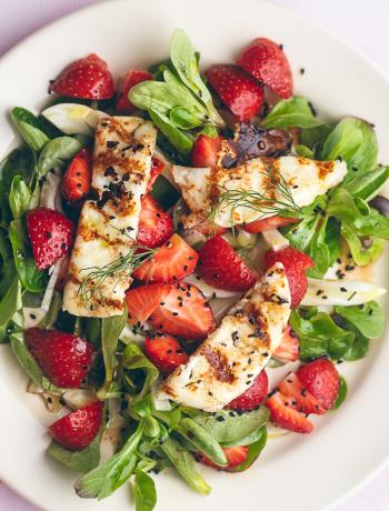 Haloumi Salad with strawberries