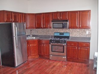 3 Bedroom Apartment for Rent at Corley Realty Group