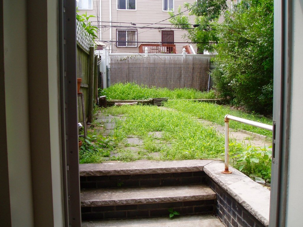 pulaski st 2 bedroom garden apt in bed stuy at corley realty group crg3145