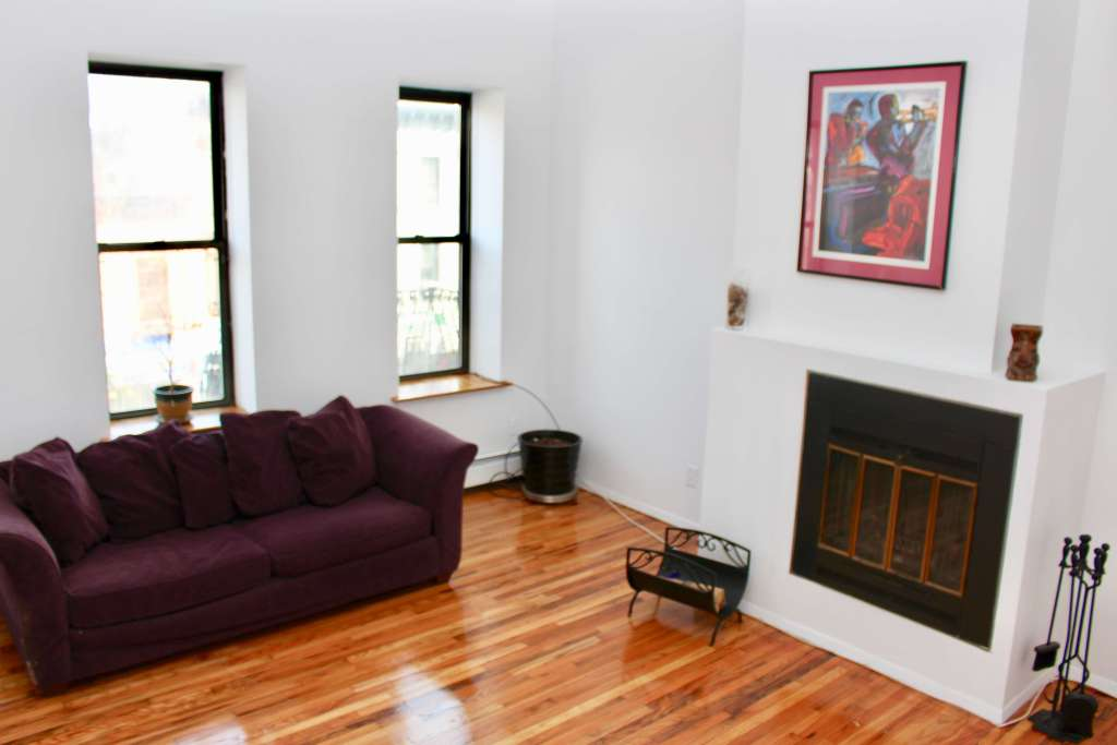 unit 3b at 370 9th St 2 bedroom coop in park slope sold by corley realty group crg1091