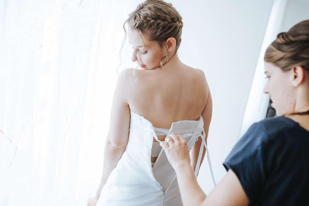 Hochzeitskleid modern