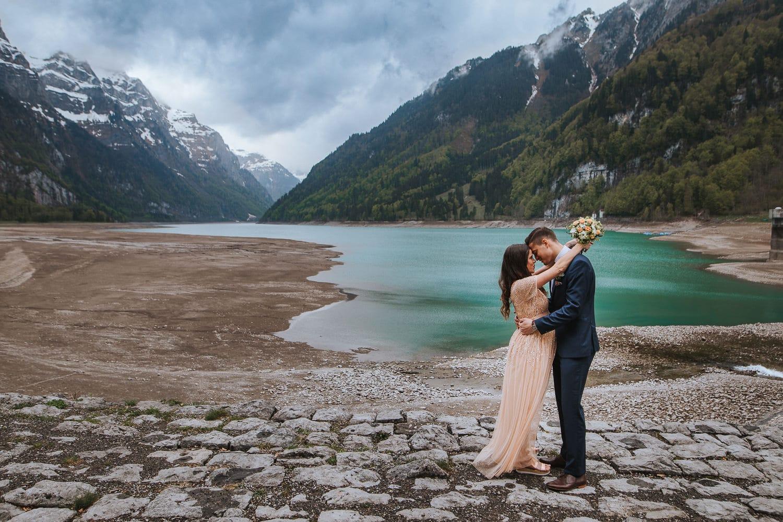Brautpaar schwanger Hochzeit