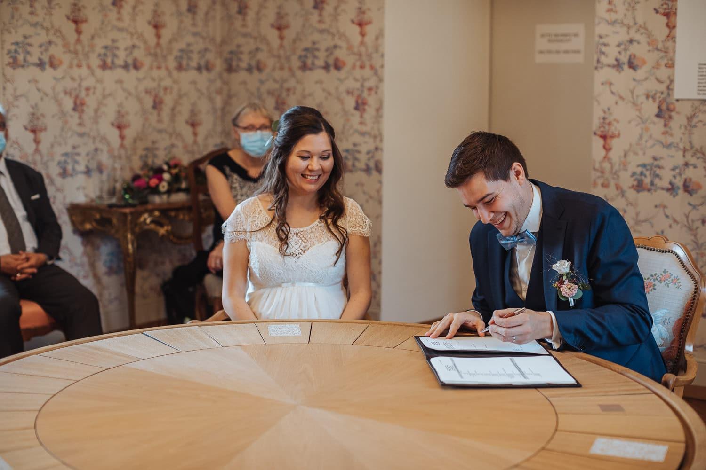 Unterschrift Trausaal Corona Hochzeit
