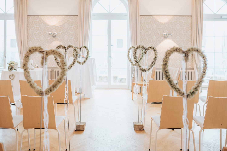 Trausaal Weissenstein Dekoration Hochzeit