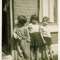 Onbekend, Loes, Rudy tijdens verlofjaar 1935 in Den Haag