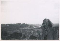 """Op vakantie in Engeland, 1972. """"Rudi op kerktoren"""""""