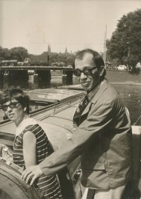 "Met Willy. ""Rondvaart A'damse grachten, 12 aug '69"""