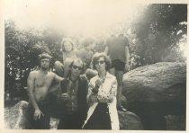 """Tijdens vakantie in Friesland van 1-15 aug. 1970, met Ton en Babs vd Goor. """"Dagje naar Drente. Hunebed bij Borger"""""""