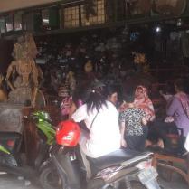 Antiekmarktje in Surakarta (aka Solo).