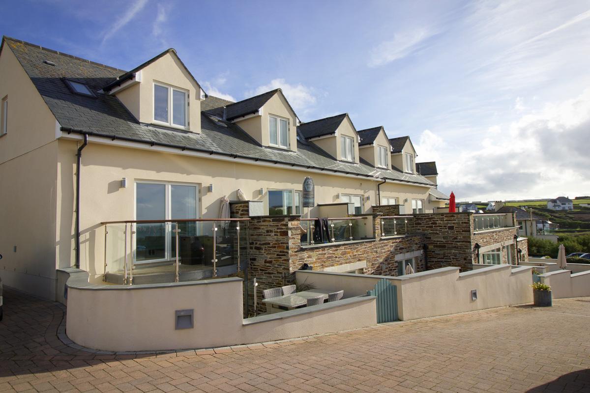 Quies Ocean Blue Holiday apartment Cornwall exterior