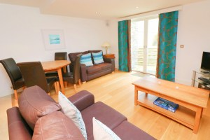 Trevarrian Ocean Blue Holiday apartment Cornwall living room