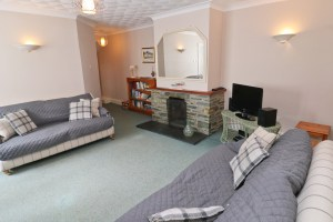 holiday flat in central Padstow Cornwall fireplace