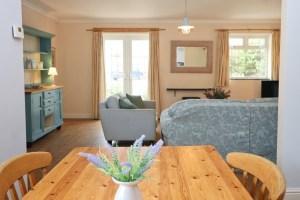 Choca holiday cottage Harlyn Cornwall living room