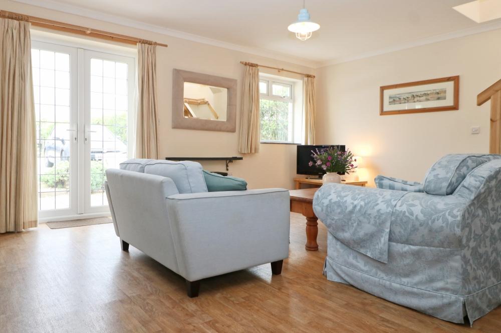 Choca holiday cottage Harlyn Cornwall sofas