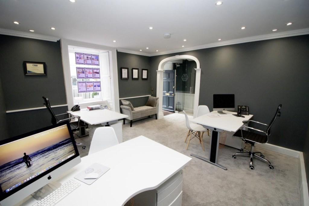 Cornish Holiday Cottage office interior