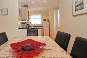 Sandpiper holiday home dining