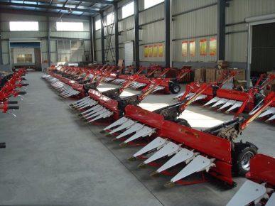 wheat harvester machine