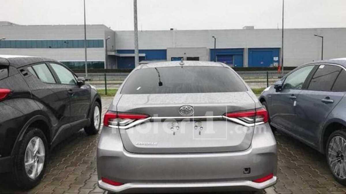 Flagra mostra como deve ser o novo Toyota Corolla Brasileiro