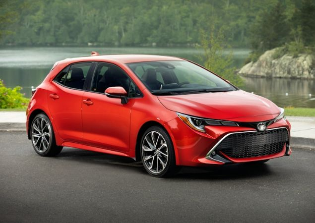 Toyota coloca Corolla como viral da Ferrari e Jaguar nos EUA