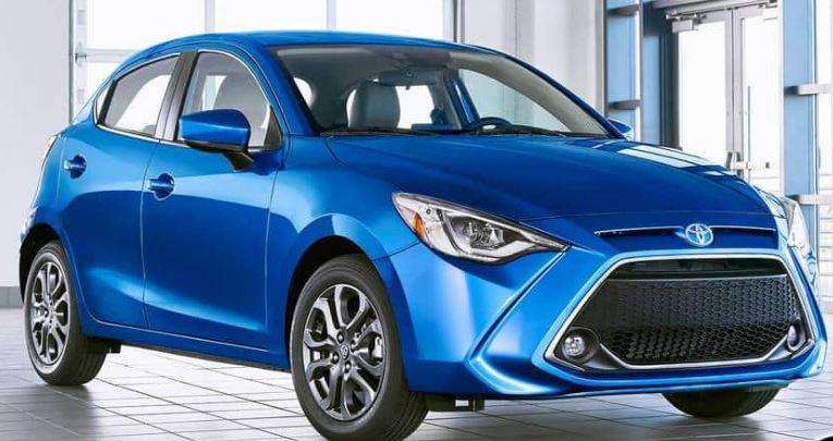 Toyota Yaris 2020 com estilo do Mazda2 no mercado dos EUA