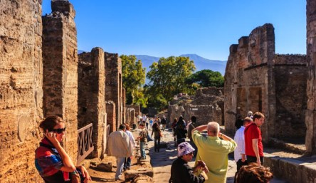 Pompeii part of the 6 Days Itinerary recommended for Rome © Mano Chandra Dhas