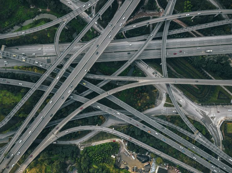 A bunch of highways overlap and connect to one another in a complex pattern.
