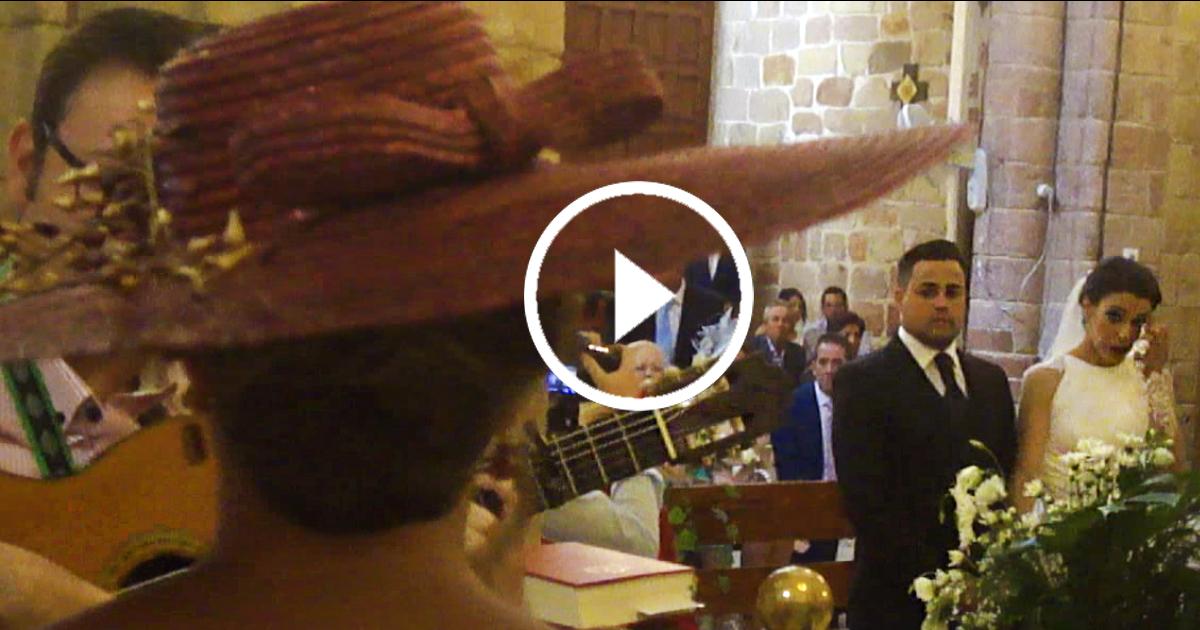 VIDEO: Hermana de la novia canta a los novios en la boda