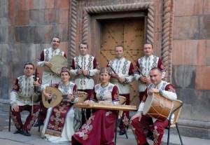 Un gruppo folkloristico armeno