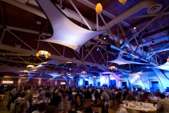 corporate event photographer boston-full room-500