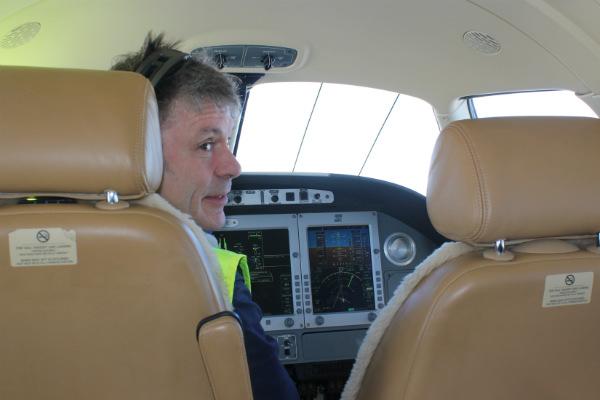 Bruce Dickinson flying