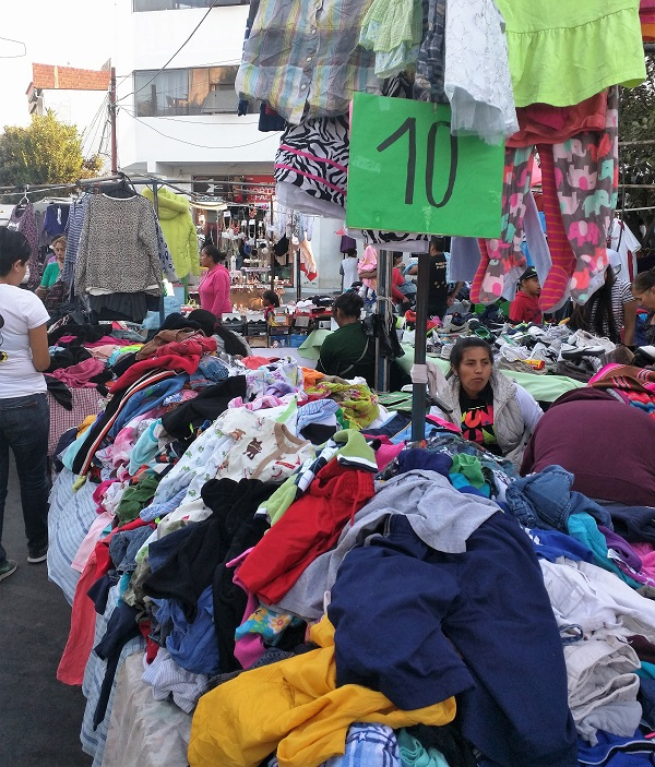 The discount clothes markets in Bolivia